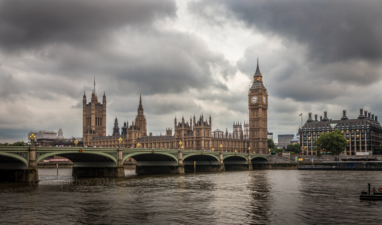 House of Parliament and Big Ben - London