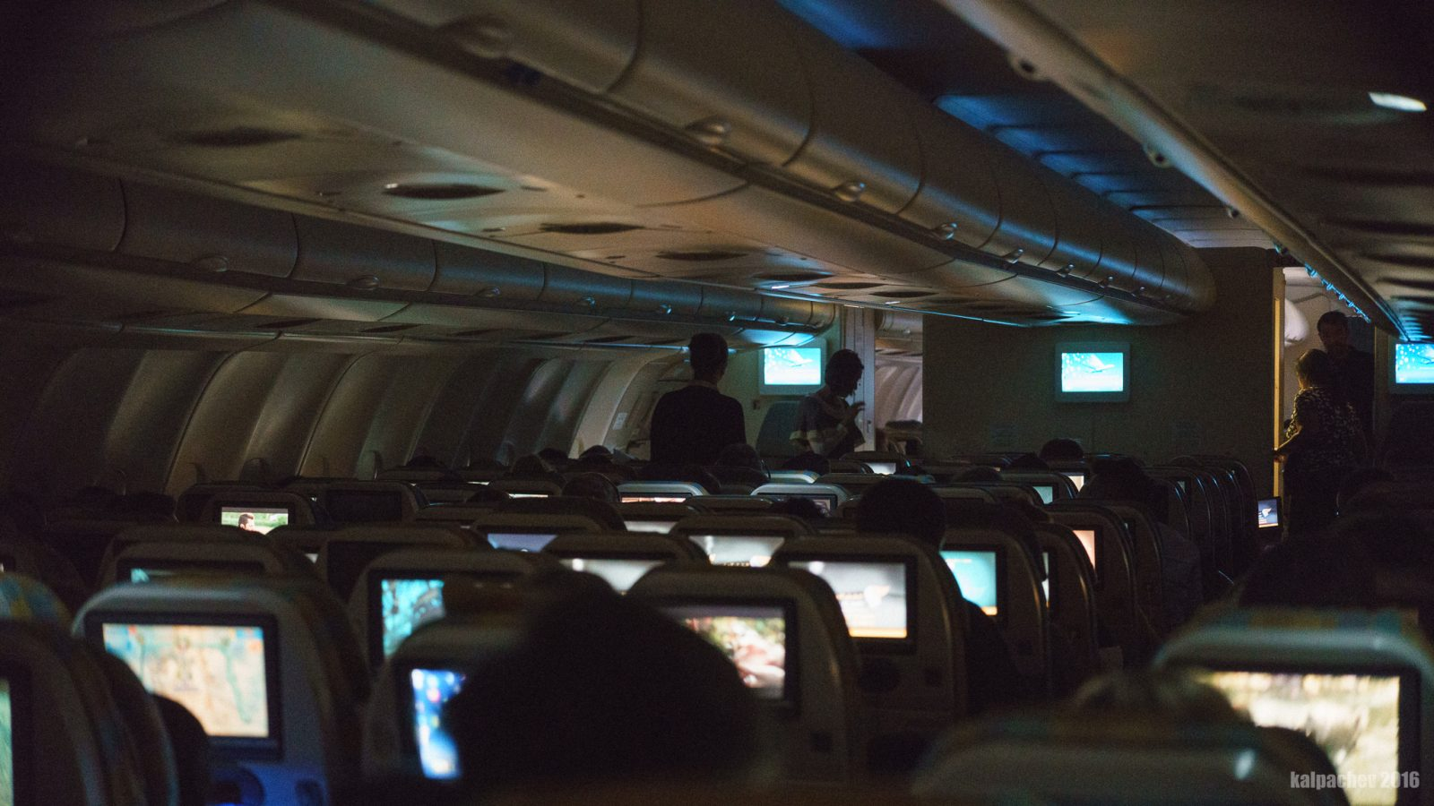16 Oct 2016 #omanair Airbus A330-300 flight to Muscat
