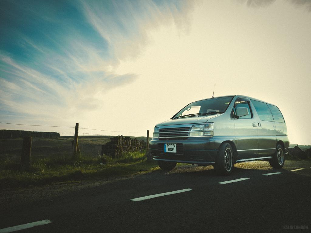 Nissan ElGrand E50