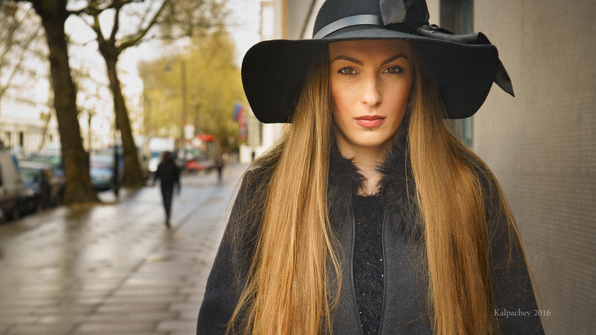 The Hat, the model and a good mood
